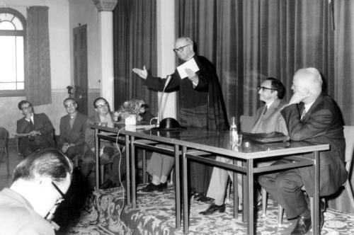 Acte d'inici del curs1971-1972. Escola de Mestres1971