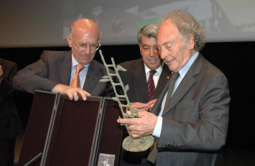 Eduard Punset,padríde la promoció de Psicologia.FPCEE.2006