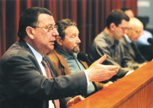 "José Luis Lopez Bulla i Antoni Gutiérrez Díaz a la taula rodona ""Recordem el 23-F"". FCC. 2001"